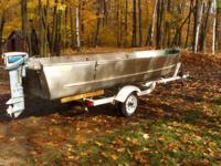 1976 16' Loweline fishing boat. Wide transom, deep