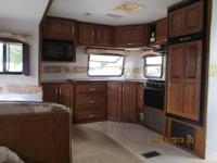 2002 Citaton 32UBS Travel Trailer  REDUCED!  NOW JUST
