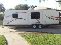 VERY NICE FIBERGLASS BUNKHOUSE TRAVEL TRAILER WITH