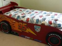 Super cool Cars Lightning McQueen Twin bed with spoiler
