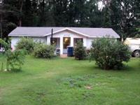 REDUCED! 3 bedroom 1 bath house with huge yard in