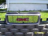 This is a complete grille that came off a 97 Safari