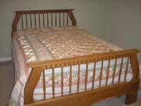 Oak Queen Bedroom Set - Queen Bed and Dresser with