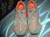 MERRELL womens shoes. Size 7. In fresh condition. Just