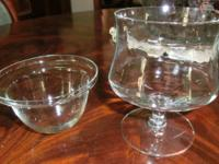 REDUCED VINTAGE GLASS SHRIMP/DESSERT/ COCKTAIL DISHES 9
