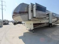REDWOOD 38RE FIFTH WHEEL BY THOR/CROSSROADS FULL BODY