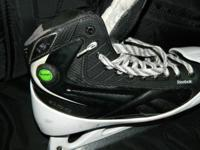 EXCELLENT condition! Reebok goalie skates  The Pump -