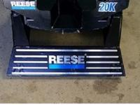 Reese Fifth Wheel Hitch 22,000 lbs.  Asking $500.00