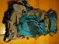 Womens REI Venus internal frame pack Lightly Used 75