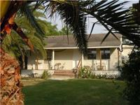 Baffin Bay Palms cottage, ph 361 5224426 is new, fully