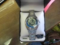 All in working order, very nice mens Relic watch with