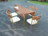 Vintage/retro (7) Piece Matching Dinette Set - Table