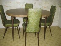 "Table: 36"" round or with 1 leaf, 471/2"" (as shown) x"