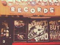 Welcome to PLANET RETRO !!!!  We have 1000's fantastic