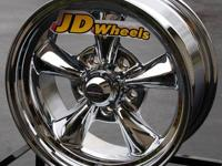 Rev Wheels Classic 100 16 inch Chrome Ford Mustang