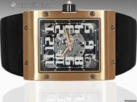 Features Big Date Case Details 18K Rose Gold Case -
