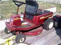 MURRAY 8 hp 30'' CUT RUNS GREAT DONT SMOKE NEEDS FEW