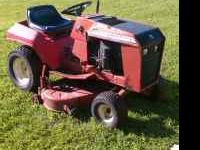 Wheel Horse Riding lawn mower with removable 42""