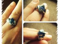 Sapphire ring. Appraised at $250 NO SCAMS. WILL REPORT