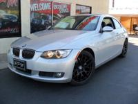 This 2009 BMW 3 Series 2dr 2dr Cpe 328i RWD SULEV Coupe