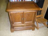 I HAVE A NICE NIGHTSTAND FOR SALE. IT IS SOLID WOOD AND