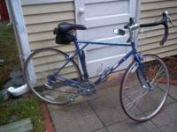 1999 mint condition, road bike, Crmlo frame very light,