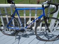 Nice road bike with brand-new blue XL 58cm Fuji Newest