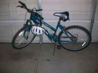BIKE FOR SALE READY TO GO COMES WITH HELMET ROADMASTER