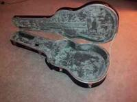 Road Runner Molded Jumbo Acoustic Guitar Case. Bought