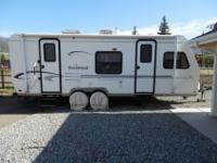 Rockwood Ultra Lite 2004 travel trailer. 25 foot long,