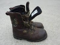 Size 9 Rocky camo boots great condition. Gore-Tex with