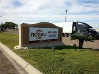 Rogali new and used clothing warehouse in United