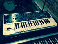 Roland Gaia Synth in mint condition with all documents,