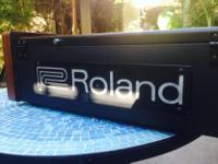 Type: Electronic Keyboard Type: Roland The power supply