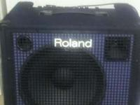 Excellent conditions Roland 180watt keyboard amp. Minor