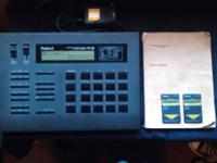 Roland R8 Drum Machine with Electronic Card(TR808