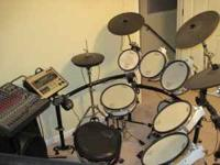 Barely used Roland TD-20 drum kit. Drum set has been