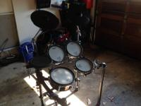 Im selling my trip TD 9 drum set, Pads are in great