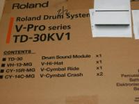 Type:DrumsRoland TD-30KV V-Pro Electronic Drum Kit with