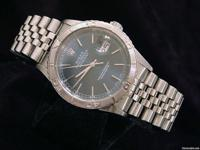 100% genuine Rolex w/ warranty- looks like new This is