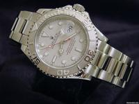 The original stainless steel Rolex case is in mint