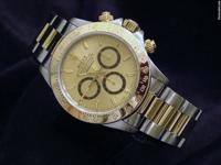 The original gold champagne Rolex dial with gold trim