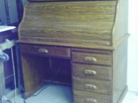 Very nice roll top desk - very heavy so must be solid
