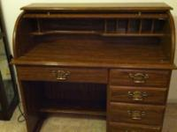 Type: Furniture Roll top desk with 2 file drawers and