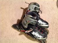 Roller Blades in good condition! Adjustable (youth