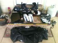 im sellin a set of roller hockey which is in really