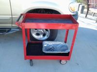 Rolling Tool Cart. Very great Condition. Dimensions: