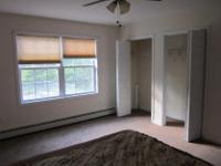 Furnished:NoPets:NoBroker Fee:NoRoom For Rent in