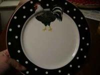 Almost new Rooster dishes. 8 Plates 8 Cups 8 bowls 8