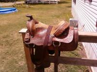 IN BOLIVAR Good saddle. used and is not perfect but